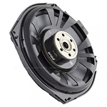 FOUR-audio-8-BMW-penkinalus-subwoofer